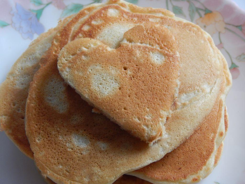 keepcaclmcarryon- american pancakes (8)